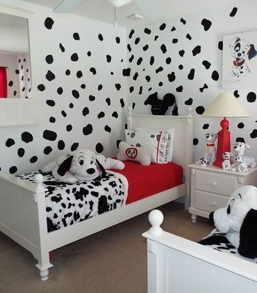 2. This 101 Dalmatians inspired room might be for the kids but you canu0027t help but admire how adorable it is. & 30+ Dog Themed Bedroom Decorating Ideas - Bedroom Ideas for Dog Lovers