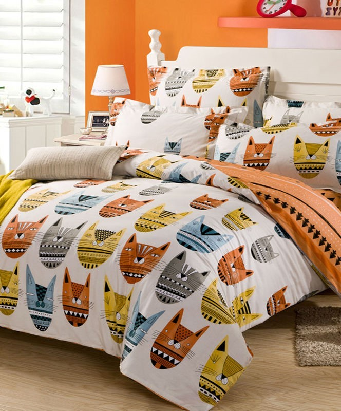 Cute And Girly, This Is A Must Have For The Ladies Out There. The Pink  Comforter Makes The Entire Tone Of The Room Even Cuter. This Adorable Cat  Bedroom Set ...